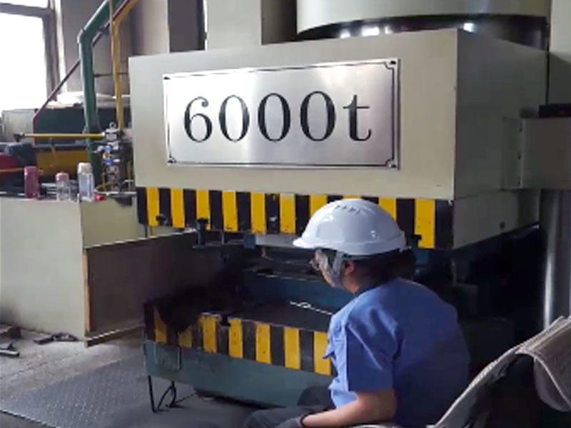6000t Hydraulic Working And Press Plate Heat Exchanger